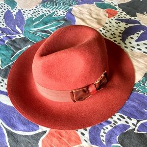Red Wool Hat 🍁